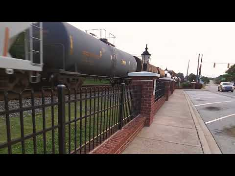 NS SB freight with slug trailing 5th out of 5