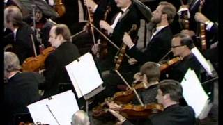 Farnon Fantasy Medley. Robert Farnon Conducting The Philharmonic Orch.