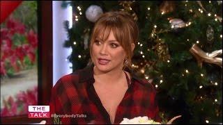 Hilary Duff admite o quanto foi precipitada e imatura ao se casar jovem