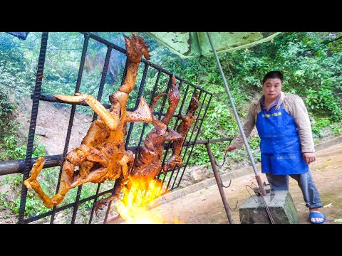 Chinese Food - Amazing SICHUAN BBQ In Mountain Village, China!