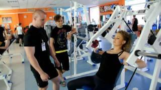 Яна Соломко в спортзале (www.showbiz.delfi.ua)