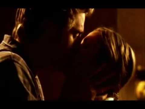 Charlize Theron e Scott Speedman