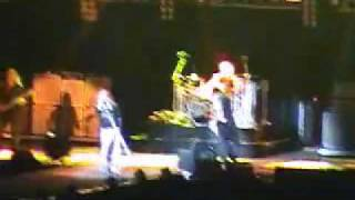 Aerosmith (Lima-Peru 22.05.2010 en DVD) Crying