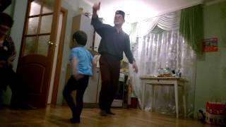 Русланчик с бабаем - татар биюэ .... (татарская плясовая)