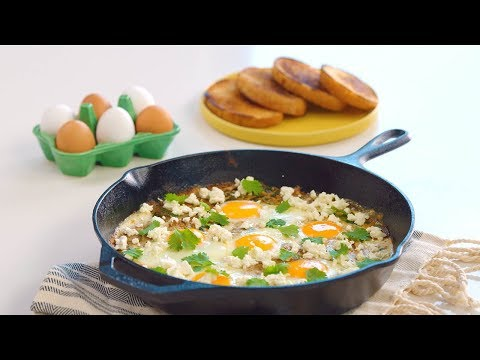 Let's Have Eggs For Dinner! Super Easy Green Shakshuka Recipe with Casey Corn