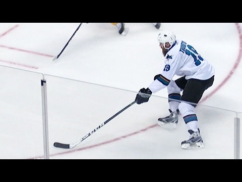 Gotta See It: Thornton scores first goal against actual goalie all year