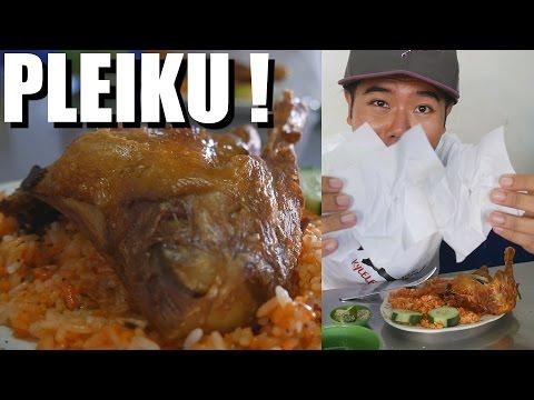 Delicious Vietnamese Chicken Meals in PLEIKU. Vietnam Travel Vlog #42