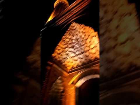 çifte minareli medrese gece goruntusu