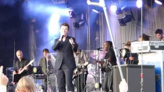 Rick Astley - Never gonna give you up (Live @ Nostalgie Beach Festival 2014)