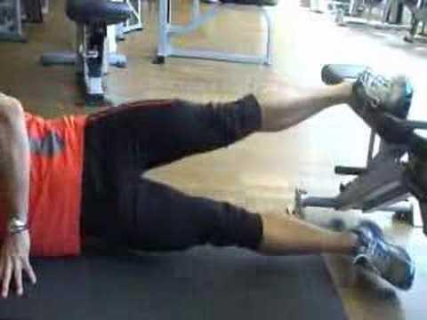 träna insida lår gym