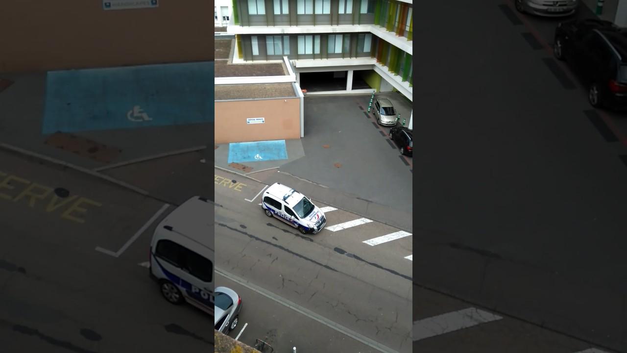 parking les 4 temps elegant iphone screenshot with parking les 4 temps excellent salon de. Black Bedroom Furniture Sets. Home Design Ideas