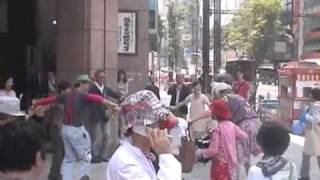 Repeat youtube video パッチ・アダムス in 日本2011〜Patch Adams Smile Baton〜