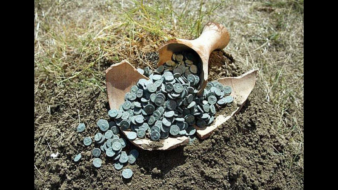 Сногсшибательный клад редчайших монет под деревом! - YouTube