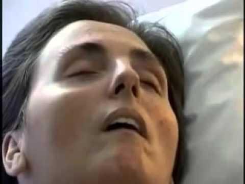 Terri Schiavo Opens Her Eyes On Command