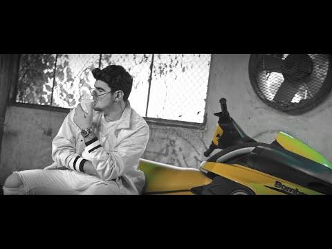 Jonathan Moly  - VIENDO GRIS (Video Oficial)