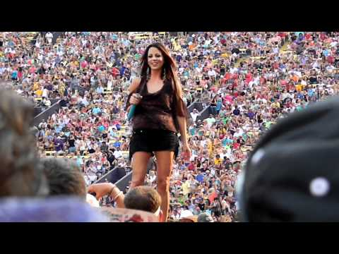 Sara Evans - Anywhere - Live at Bayou Country Superfest, Baton Rouge, LA - 5/27/2012