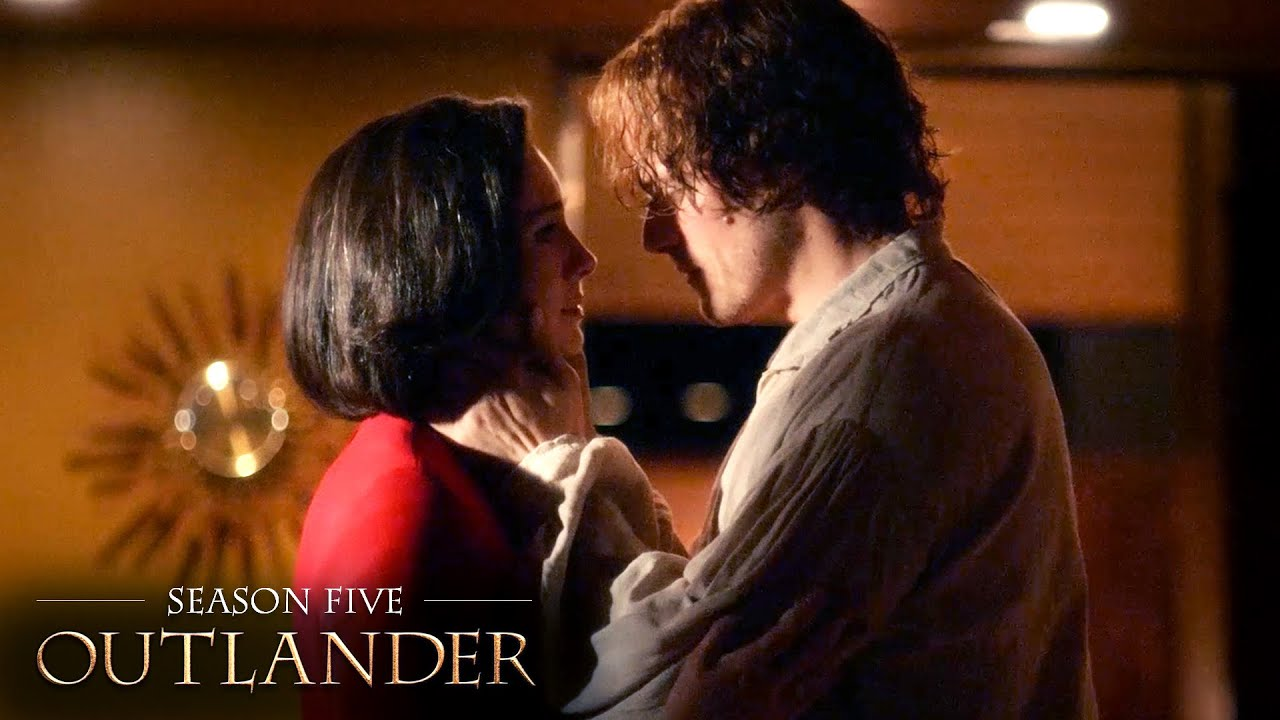 Download Jamie Rescues Claire From Her Captors   Season 5   Outlander