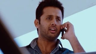 Ishq Movie || Action Scene Of Nithin Searching About Ajay || Nitin, Nithya Menen