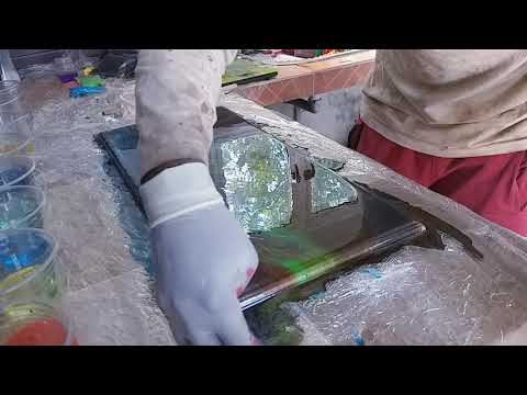 Resin Epoxy works on wood , mixtures of pigments of all colours of LOGGER MONSTER MAURITIUS