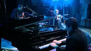 El nacimiento del charango (Jeremias Nieva (piano) - Jaime Torres (charango)) 2011