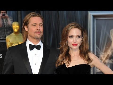 Angelina Jolie, Brad Pitt and George Clooney on Red Carpet at Oscars