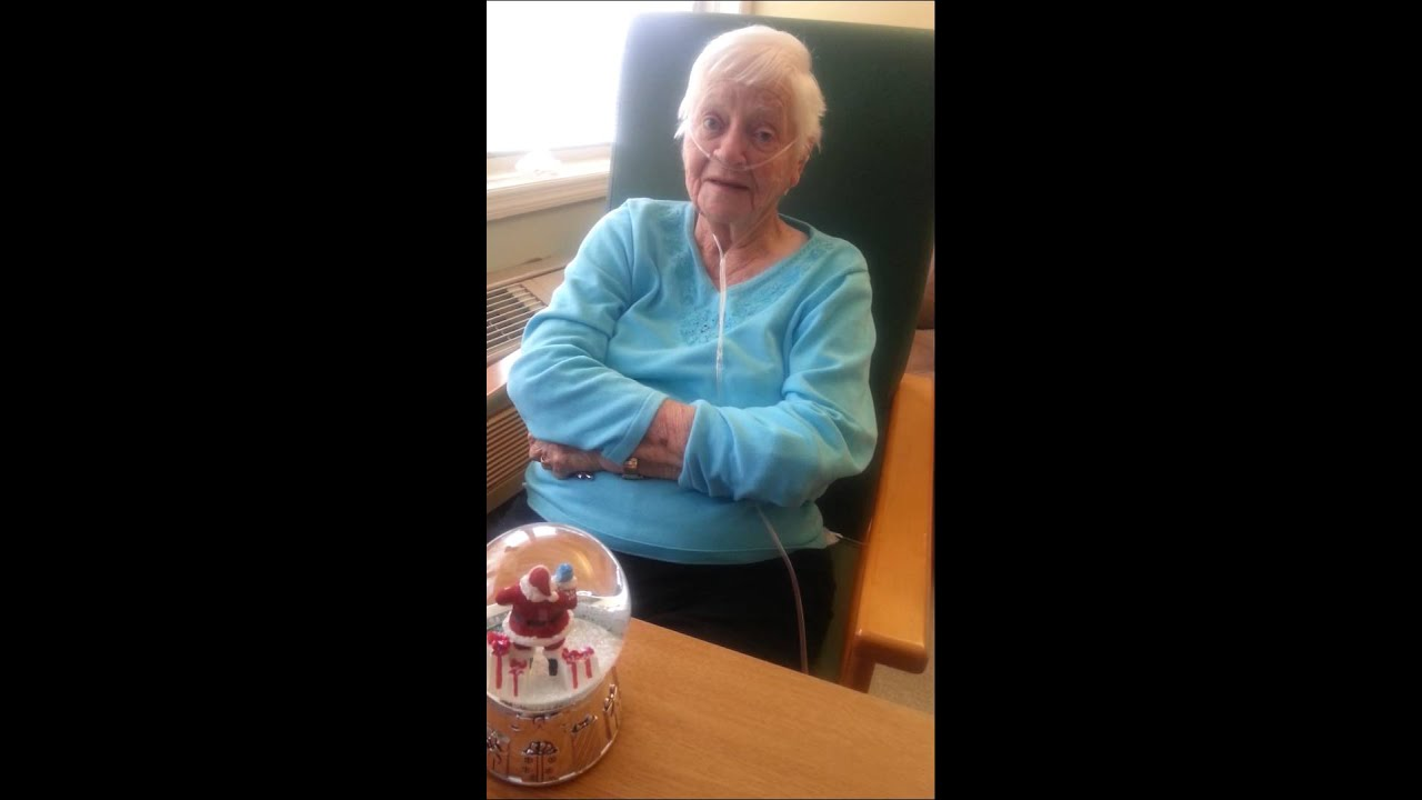 Great granny with Dementia sings Christmas song - YouTube