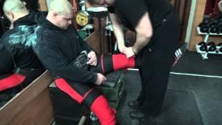Подготовка к подходу приседаний с 350 кг