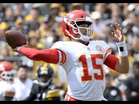 Dan's Football Page - Kansas City's Patrick Mahomes Is NFL's New Star