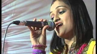 03 Six step   Kaan Tari Moraliye   Surbhi Club Navratri 2014  live dandiya raas