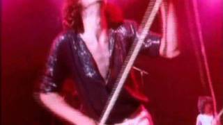 Watch Def Leppard High N Dry Saturday Night video