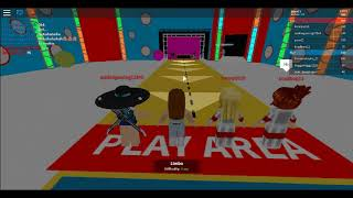 Roblox - Hole in the wall game