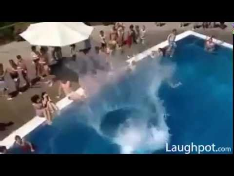 Fat guy Jumps in the Pool