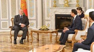 Александр Лукашенко провёл встречу с управляющим Дубайского МФЦ
