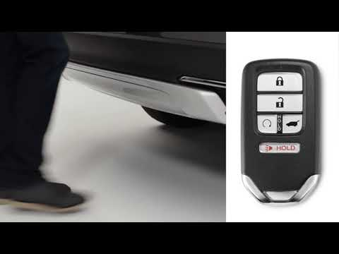 Honda Pilot: How to Activate the Power Tailgate Hands-Free