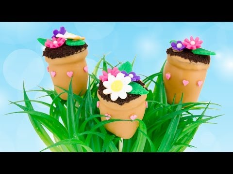 flower-pot-cake-pops-for-mother's-day-from-cookies-cupcakes-and-cardio