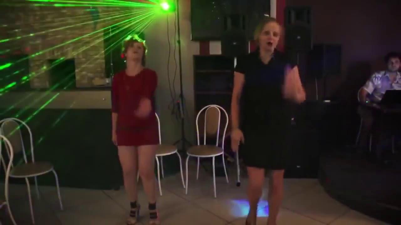 Танцевать под белые розы видео