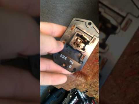 2007 dodge caliber blower motor resistor replacement youtube for Dodge ram blower motor not working