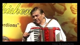 """Download """"Tera Jana""""  /  Piano Accordion / Live /  Suhaaschandra Kulkarni."""