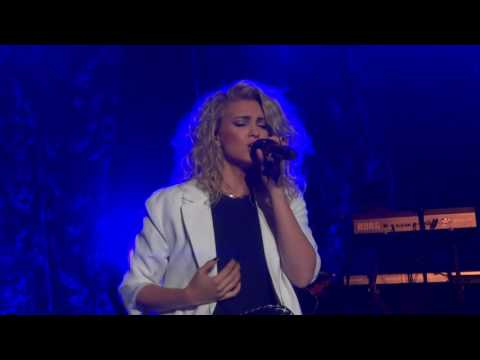 Falling Slow - Tori Kelly - Los Angeles - 5/21/16