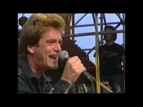 Power of Love (Live)  -Huey Lewis and the News-  1985