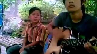 Lagu sedih anak yatim