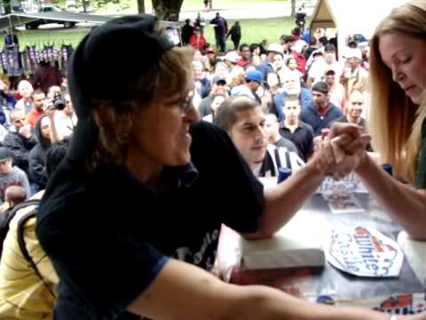 Amazing women's arm wrestling match, Tuff Ladies don't give up untill spent!