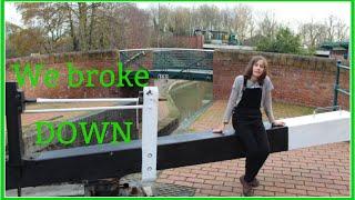 WE BROKE DOWN!!!!-Narrowboat Girl