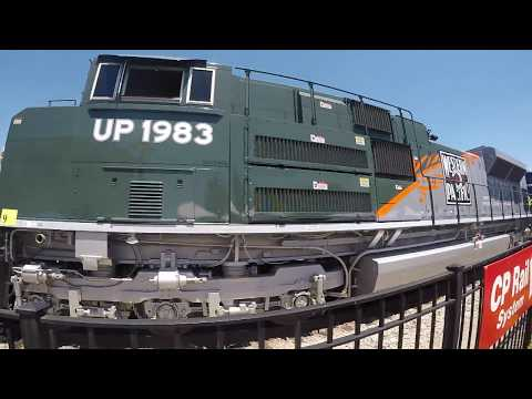 ILLINOIS TRAINS - GOING INSIDE UP HERITAGE ENGINES, CP, IHB, BELT RAILWAY CHICAGO + MORE!