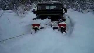 Landrover snow fun