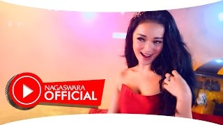 Zaskia Gotik - Bang Ojek - Official Music Video HD - NAGASWARA