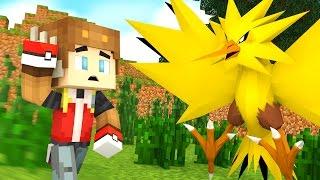 CATCHING ZAPDOS IN POKEMON GO! (Minecraft Roleplay)