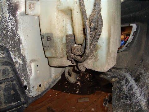 Ниссан Примера Nissan Primera моторчик омывателя, washer motor.