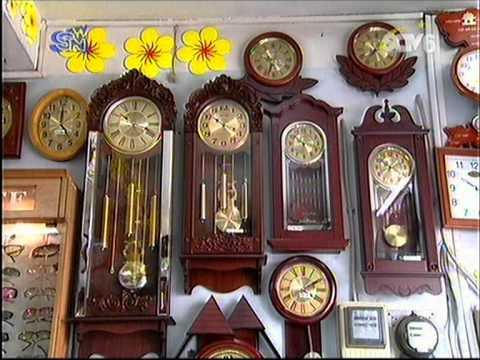 Xu hướng sử dụng đồng hồ treo tường gỗ, đồng hồ gỗ trong trang trí