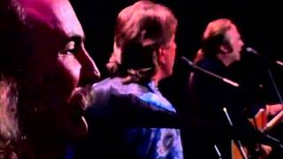"Crosby Stills & Nash ""Helplessly Hoping"" Live"